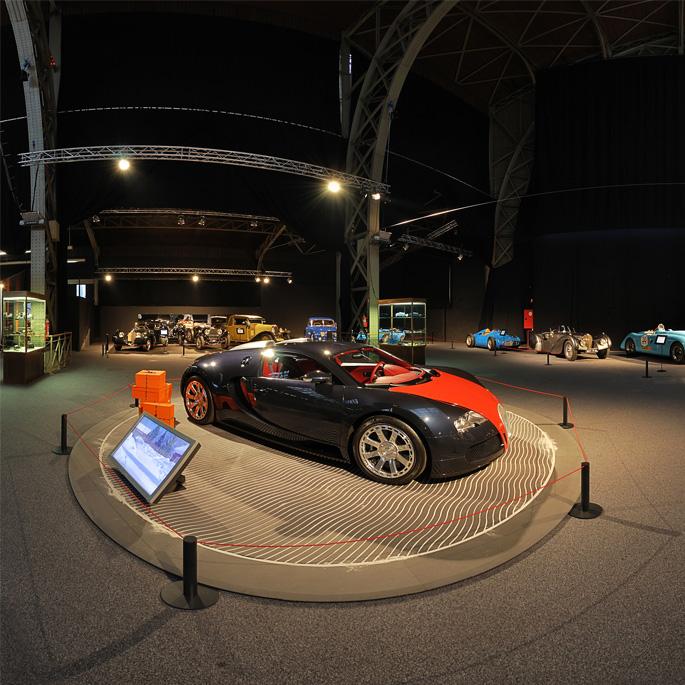 Autoworld 100 ans de Bugatti